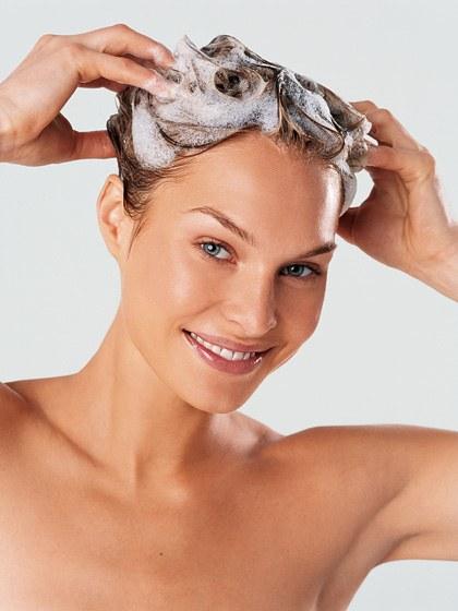 hair-ideas-2013-02-curly-hair-rules-shampoo